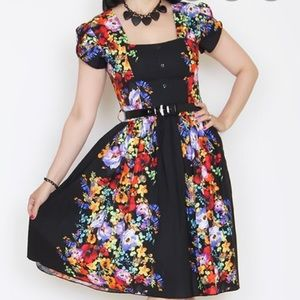 Bernie Dexter black floral dress 1x